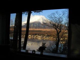 山中湖のホテルからの富士山.jpg